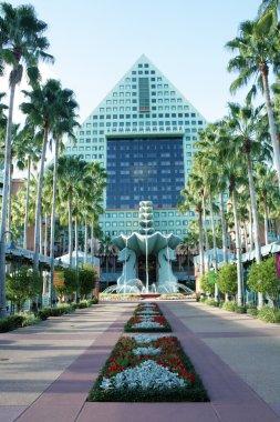 Dolphin Hotel at Walt Disney World (8)