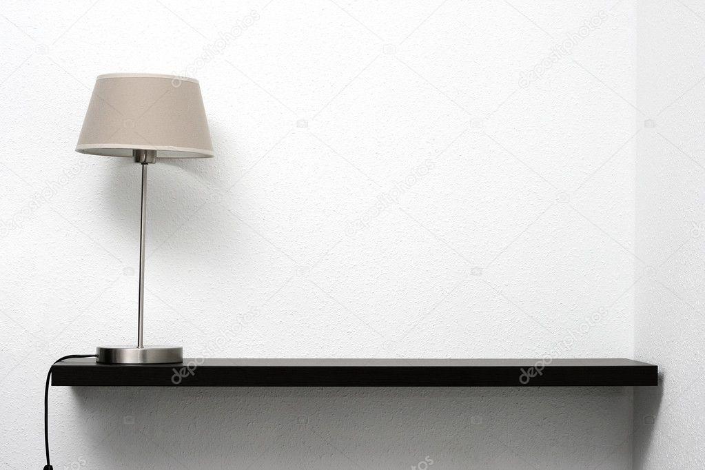 Wandplank Met Lamp.Plank Op De Muur Met Lamp Stockfoto C Ronstik 13732955