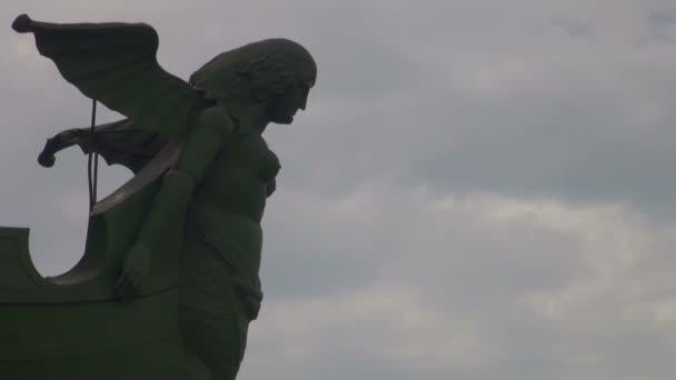 socha součástí sloupec rostrální v Petrohradě
