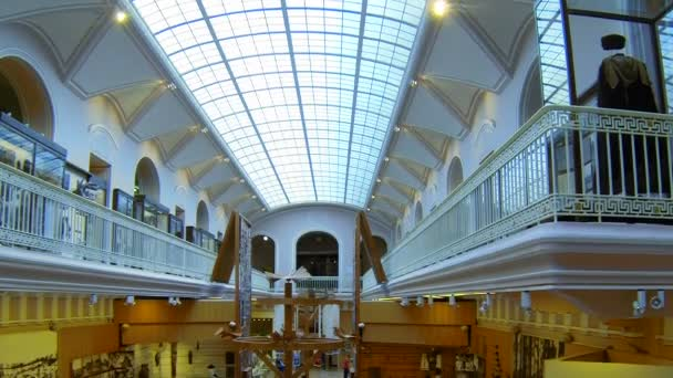 la sala del Museo Etnografico di San Pietroburgo