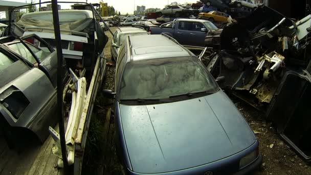 hřbitov aut