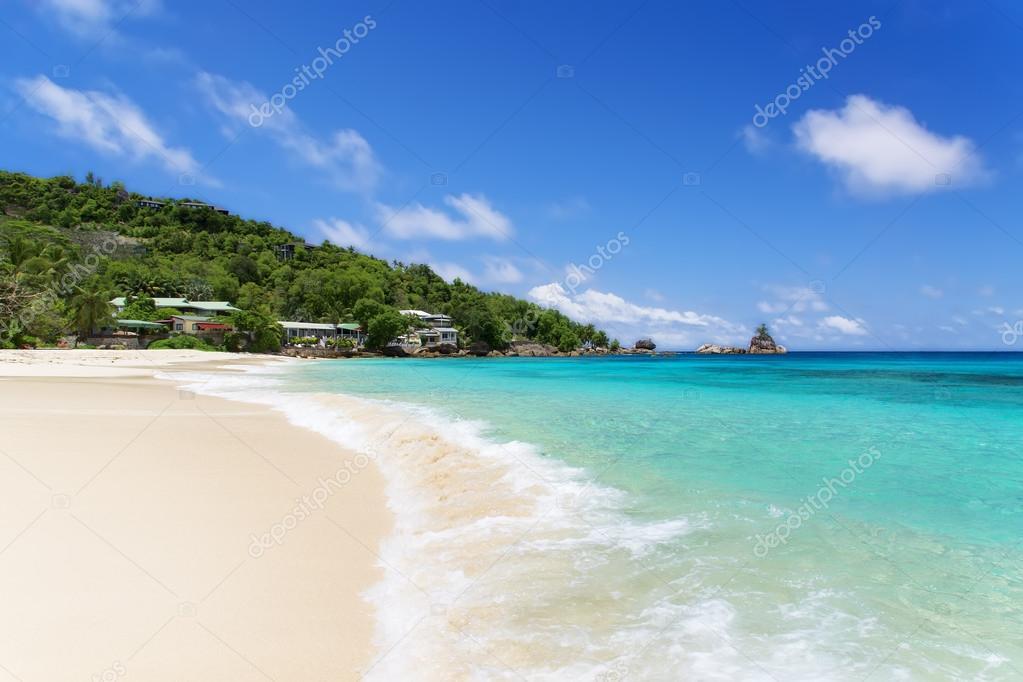 Coral Azul Praia ~ coral branco praia areia e azul oceano u00cdndico u2014 Stock Photo u00a9 Logray #15652629