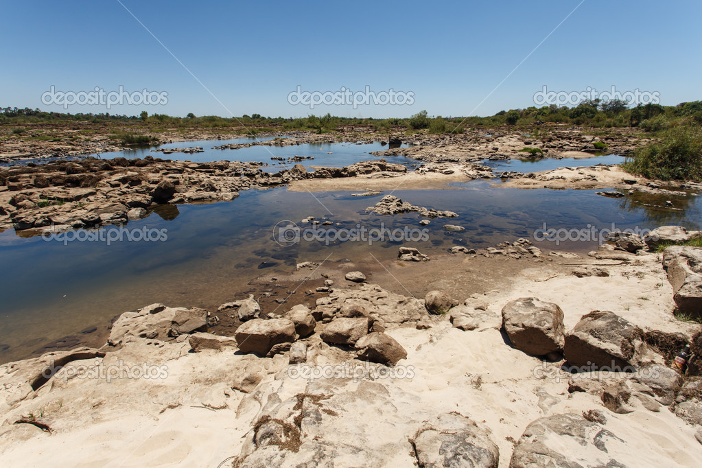 a survey of the zambezi valley The zambezi (also spelled zambeze and zambesi) is the fourth-longest river in africa, the longest east-flowing river in africa and the largest flowing into the indian ocean from africa.