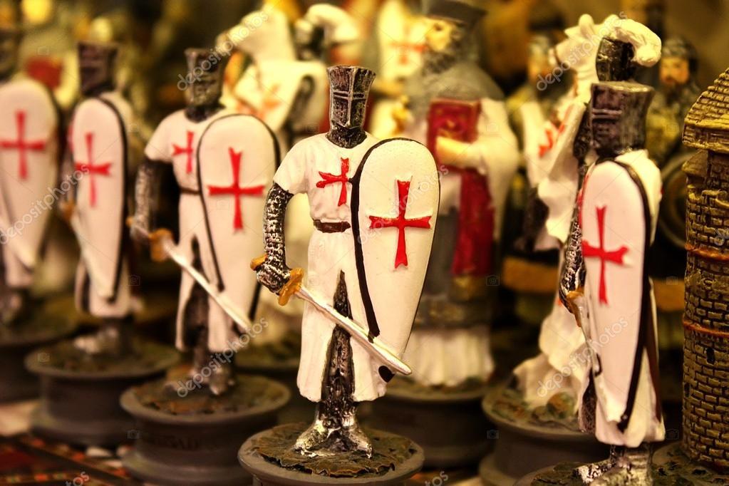 Kuvahaun tulos haulle figurine