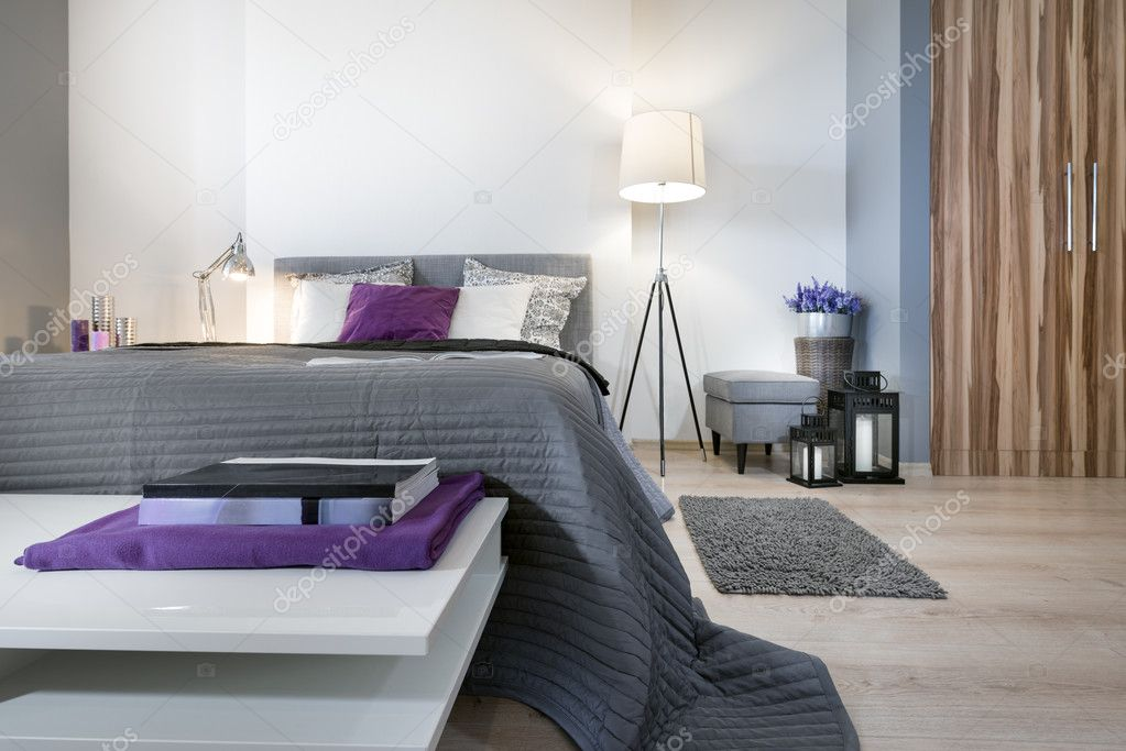 arredamento camera da letto moderna — Foto Stock © jacek_kadaj #42629205