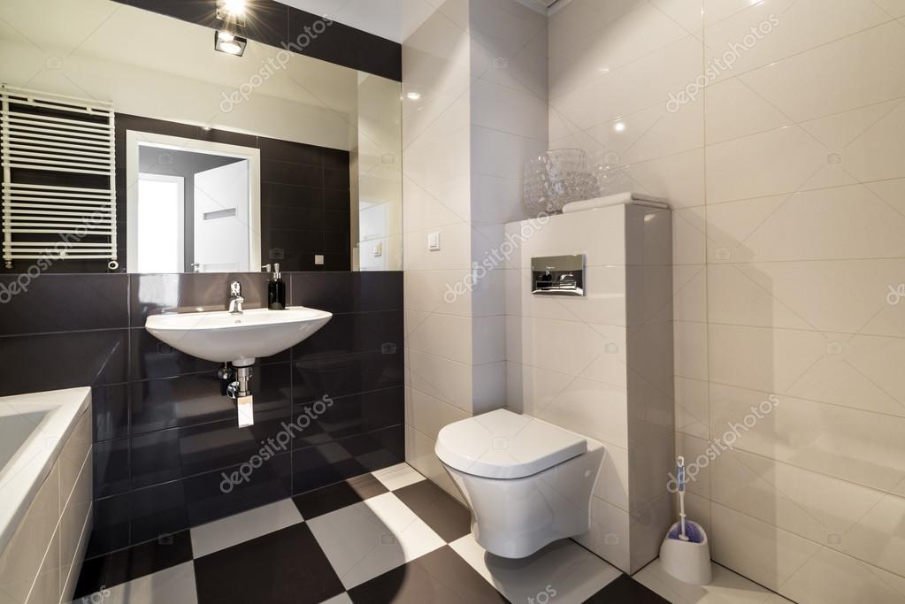 Modernes Bad in beiger Farbe — Stockfoto © jacek_kadaj #43905193