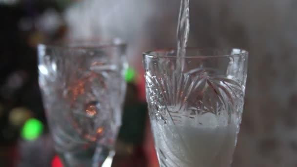 šampaňské do sklenice na víno
