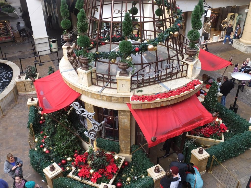 christmas decor at fashion valley mall the largest mall in san diego california - Christmas Decorations San Diego