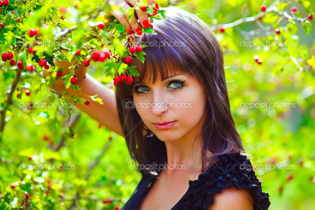 фото женщины на природе