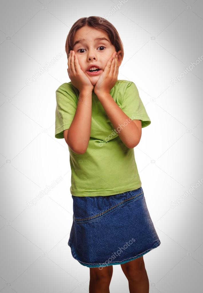 Graue Teenager Mädchen überrascht Fühlt Sich Etwas Freude An Hand