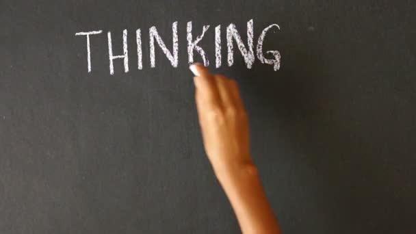 Gondolkodás, műveletek, összegzési eredmények kréta rajz
