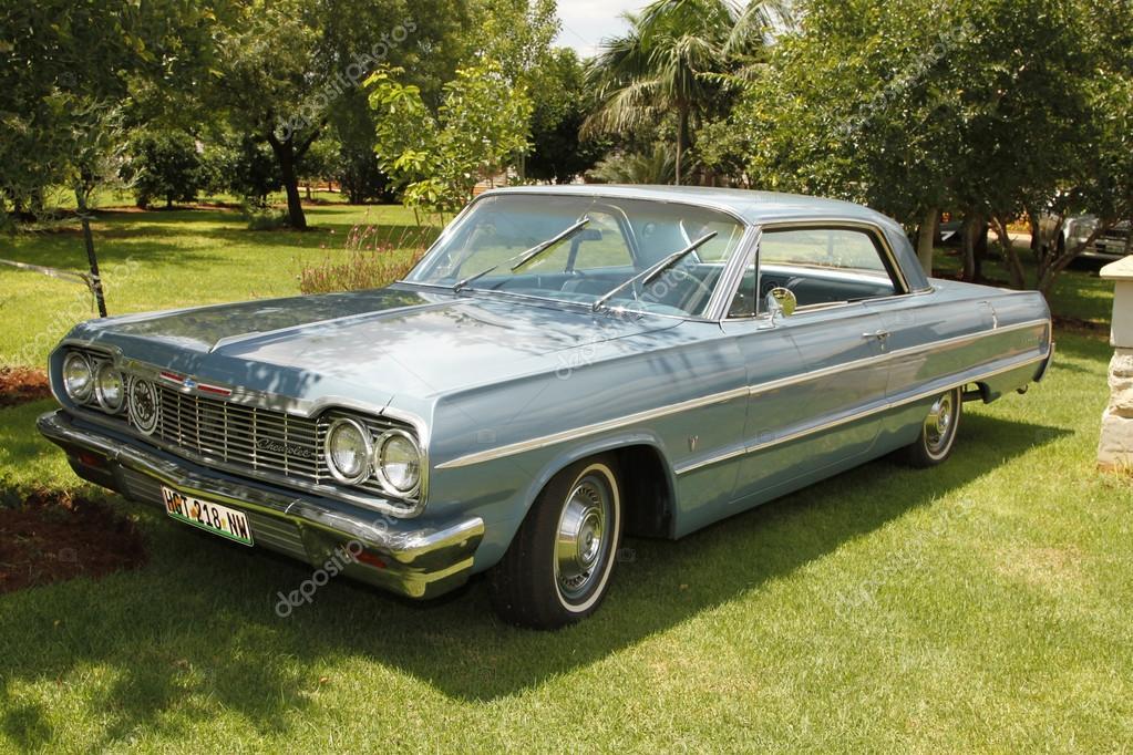Eski Model Araba 1964 Chevrolet Impala Coupe Stok Editoryel