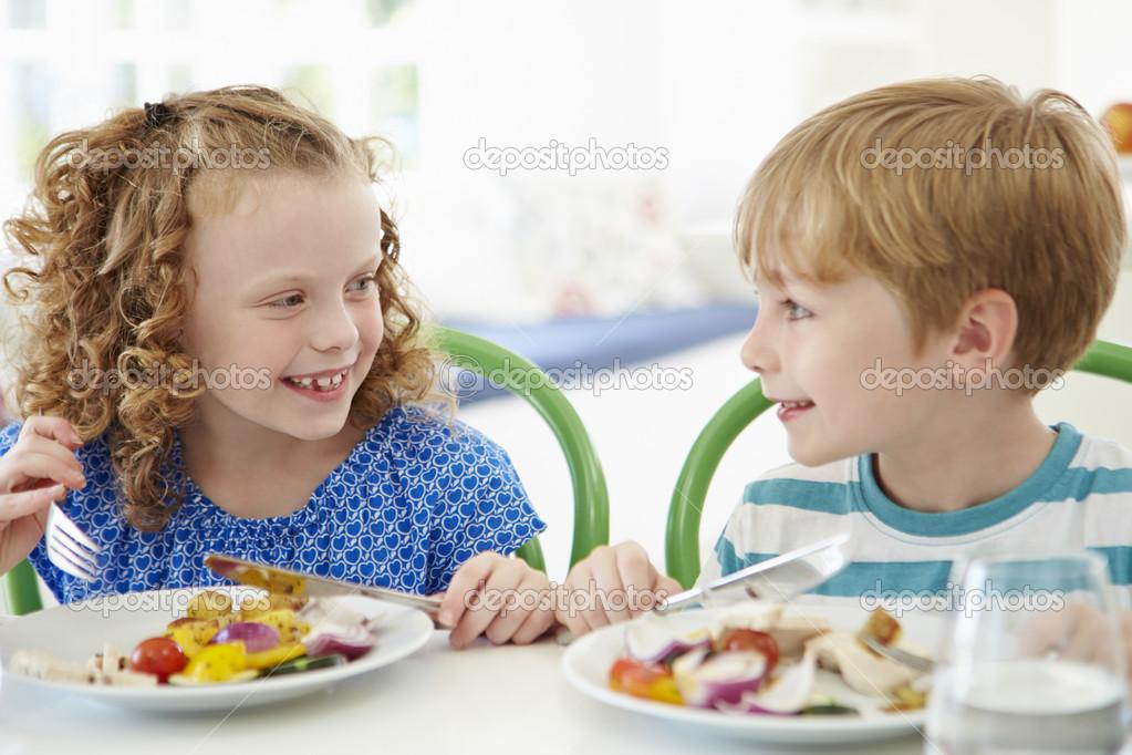 Imágenes: Niños Comiendo