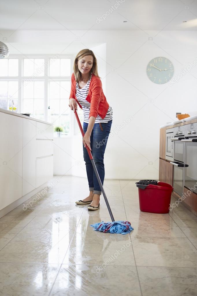 Clean Kitchen Floor With Bleach