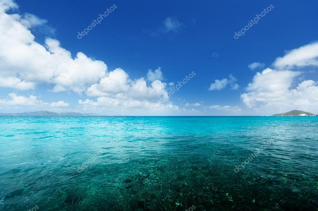 Фотообои perfect sky and water of indian ocean