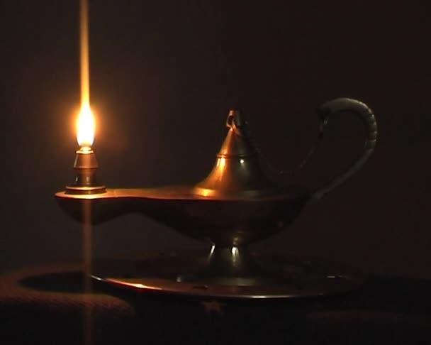 Régi antik mágikus lámpa