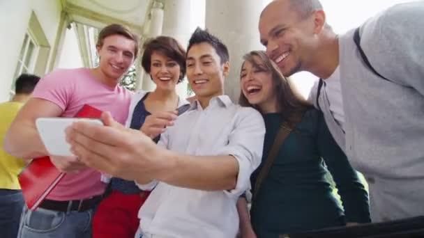 studentské přátel představují pro obrázek