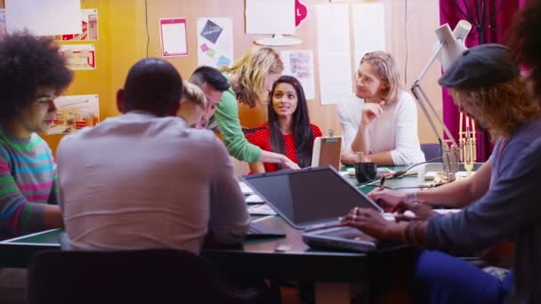 studenti na centrum vzdělávání dospělých