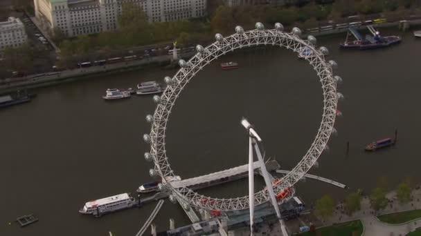 Letecký pohled na london eye a Řeka Temže