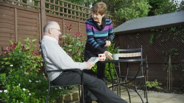 Älteres Paar verbringen Zeit miteinander