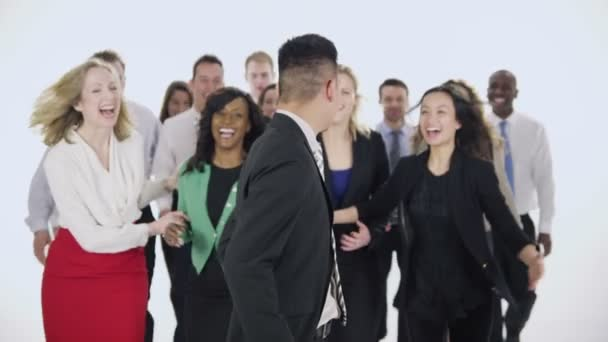 šťastný podnikatelé stojí dohromady