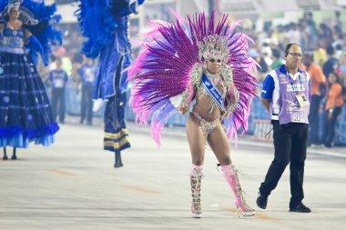 RIO DE JANEIRO - FEBRUARY 10: A woman in costume dancing and sin