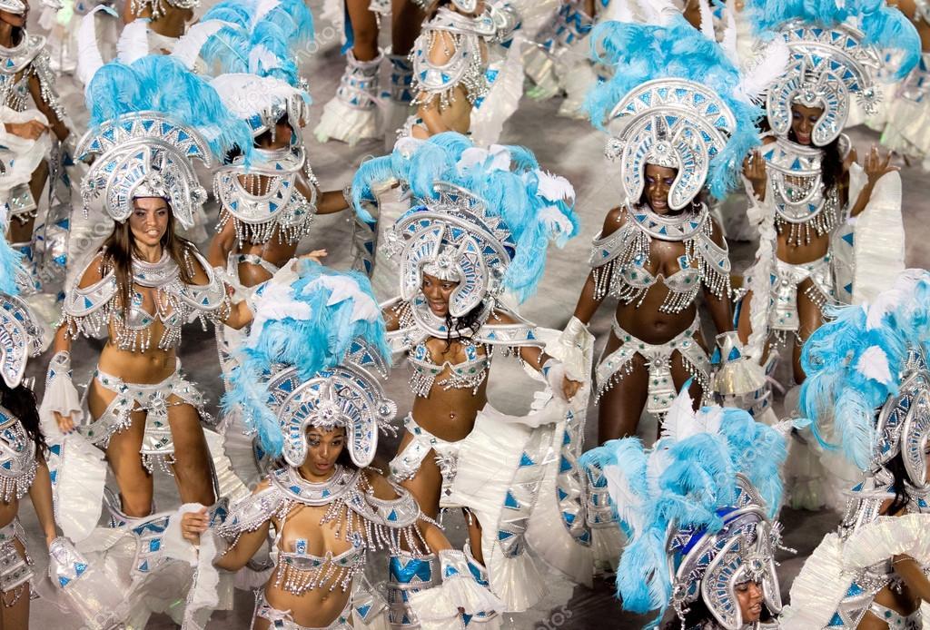 RIO DE JANEIRO - FEBRUARY 11: Performance of at carnival