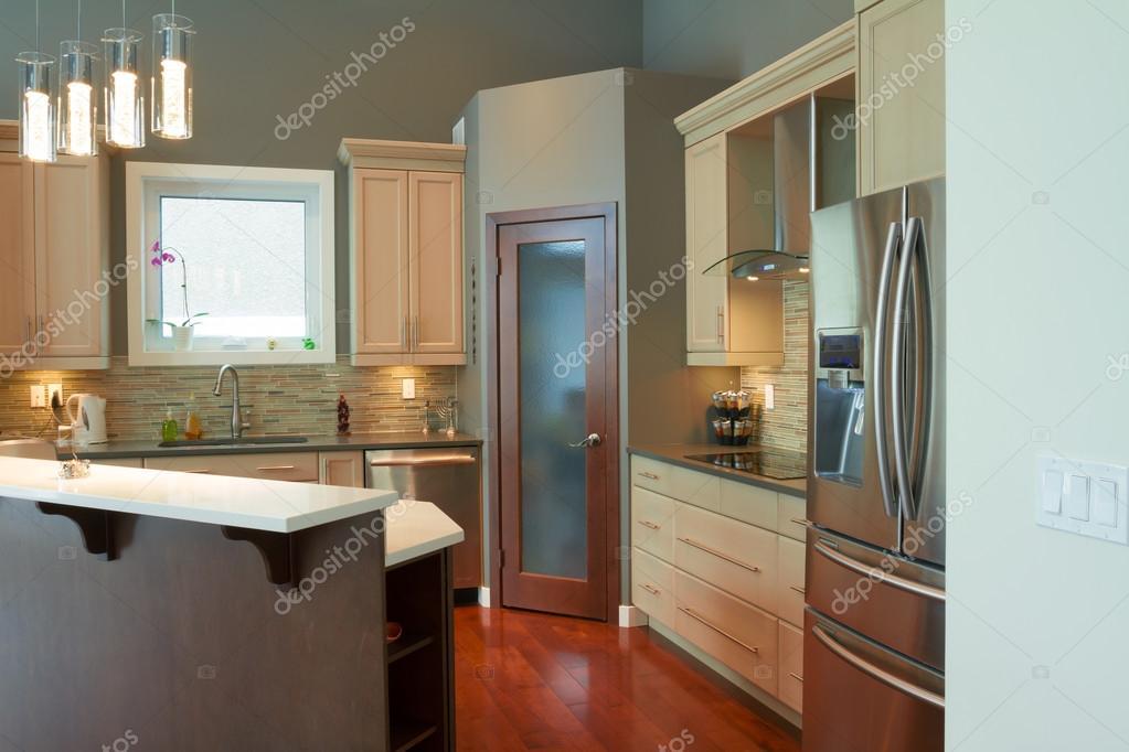Interieurontwerp van de keuken u stockfoto sergey