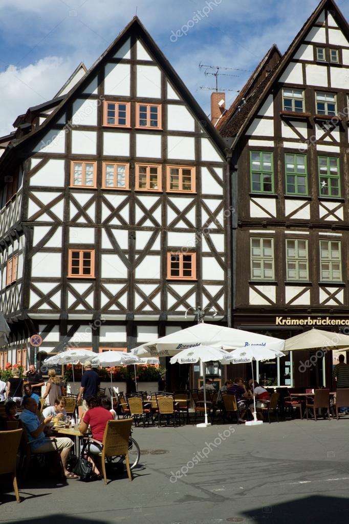 Fachwerk an der Krämerbrücke – Stock Editorial Photo © Bernd54 #40308901
