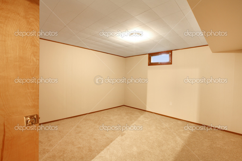 Leere Keller Schlafzimmer U2014 Stockfoto