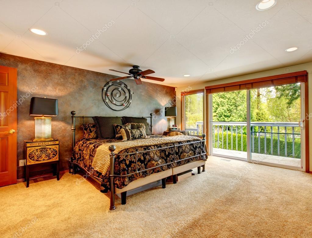 elegante antieke slaapkamer met staking dek — Stockfoto © iriana88w ...