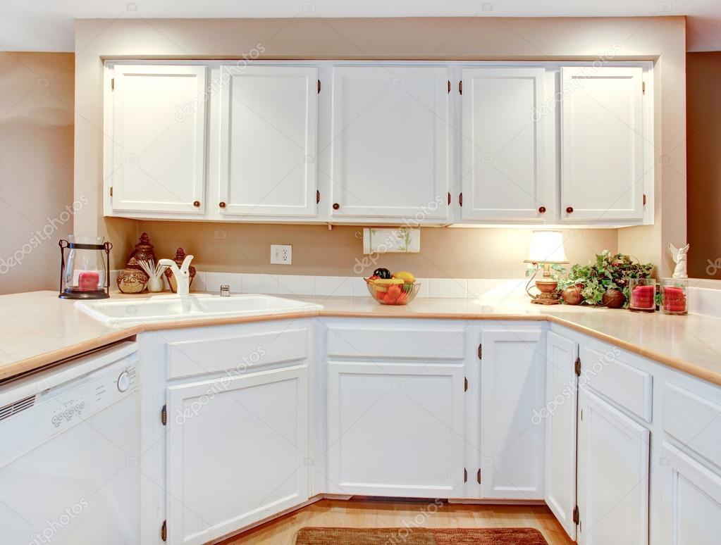 Idée de décoration chambre lumineuse cuisine — Photographie ...