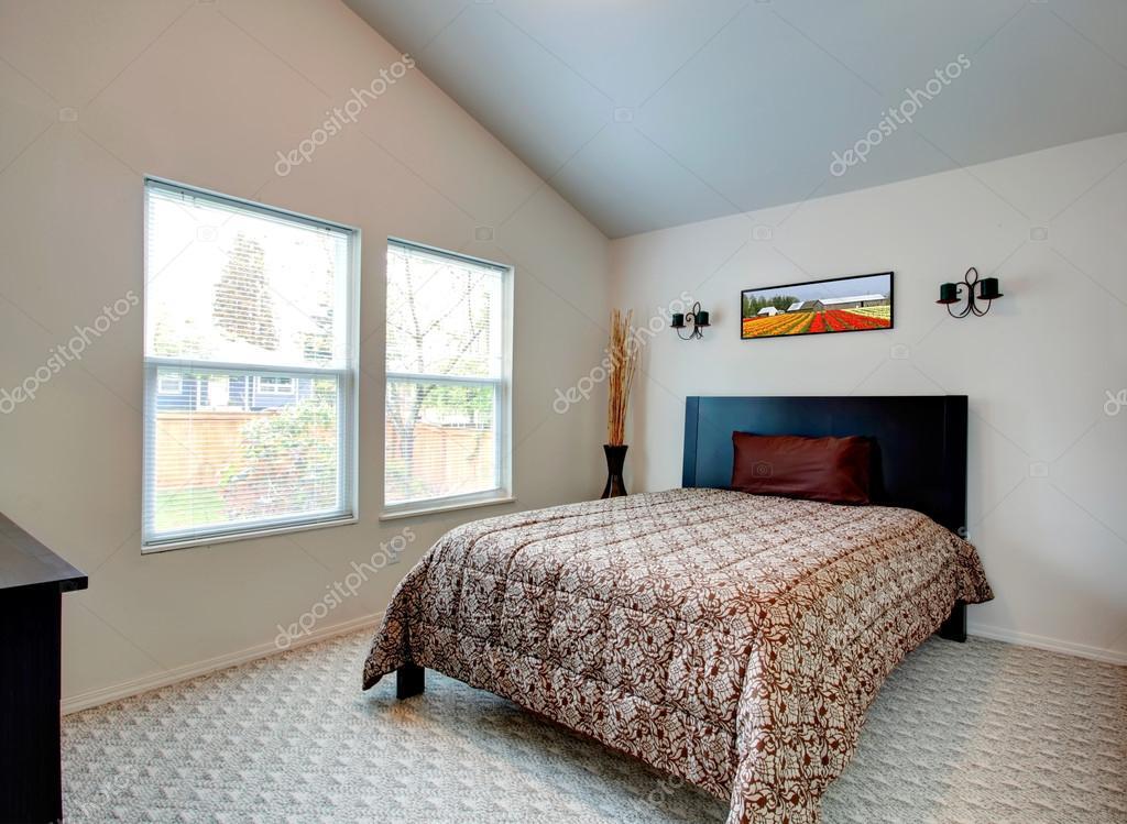 moderne slaapkamer interieur — Stockfoto © iriana88w #43004915