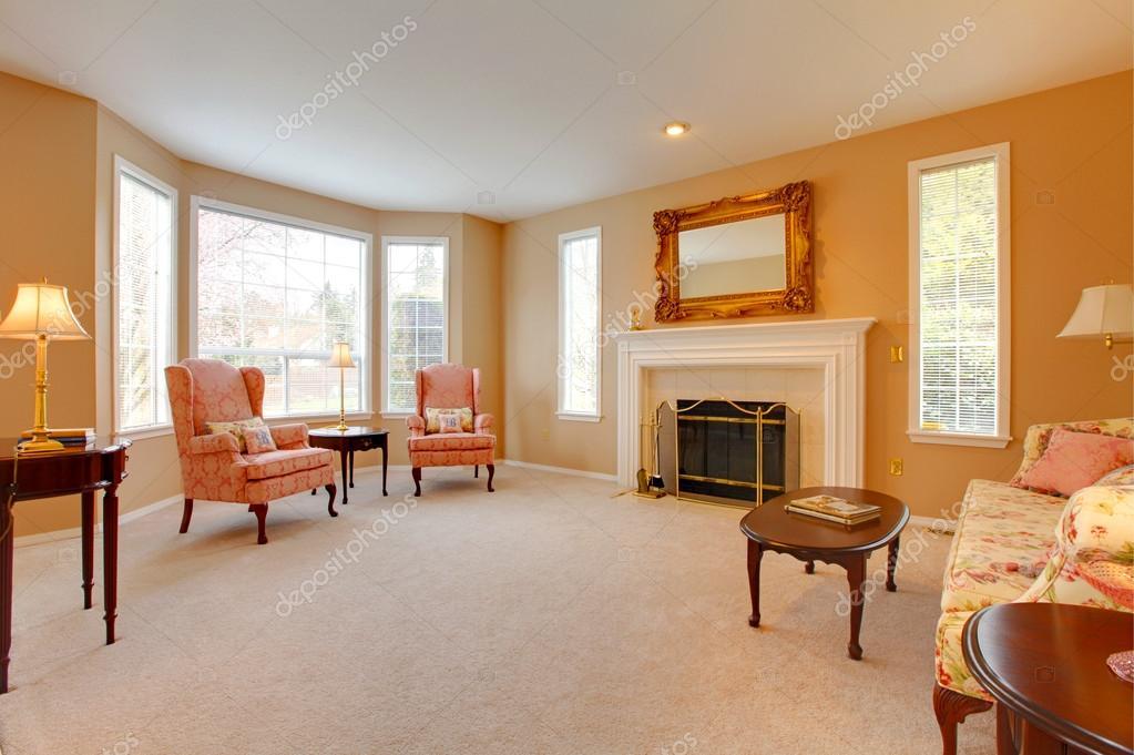 Interni Case Stile Inglese : Interno di casa. soggiorno stile antico u2014 foto stock © iriana88w