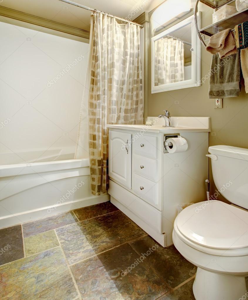 witte en bruine badkamer interieur — Stockfoto © iriana88w #47725573