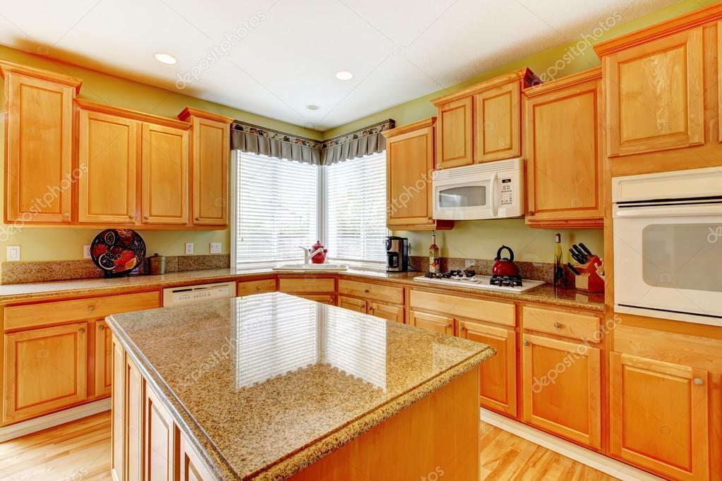 Honig Farbe Küche Zimmer — Stockfoto © iriana88w #47856315