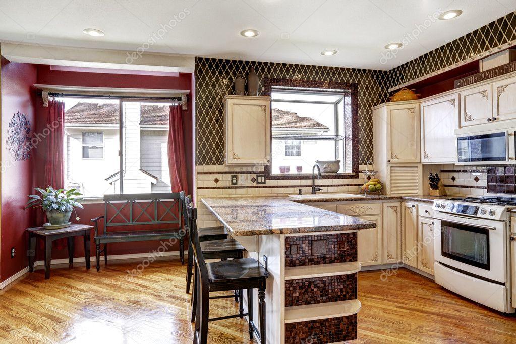 colori interni cucina camera in contrasto bianco e rosso — Foto ...