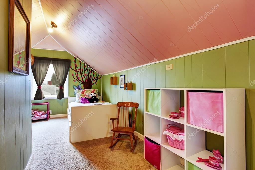 Kinderzimmer Mit Grün In Farbe Rosa U2014 Stockfoto
