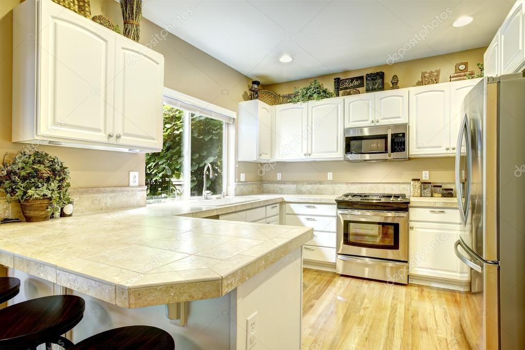 weiße Küche-Innenraum — Stockfoto © iriana88w #50660261
