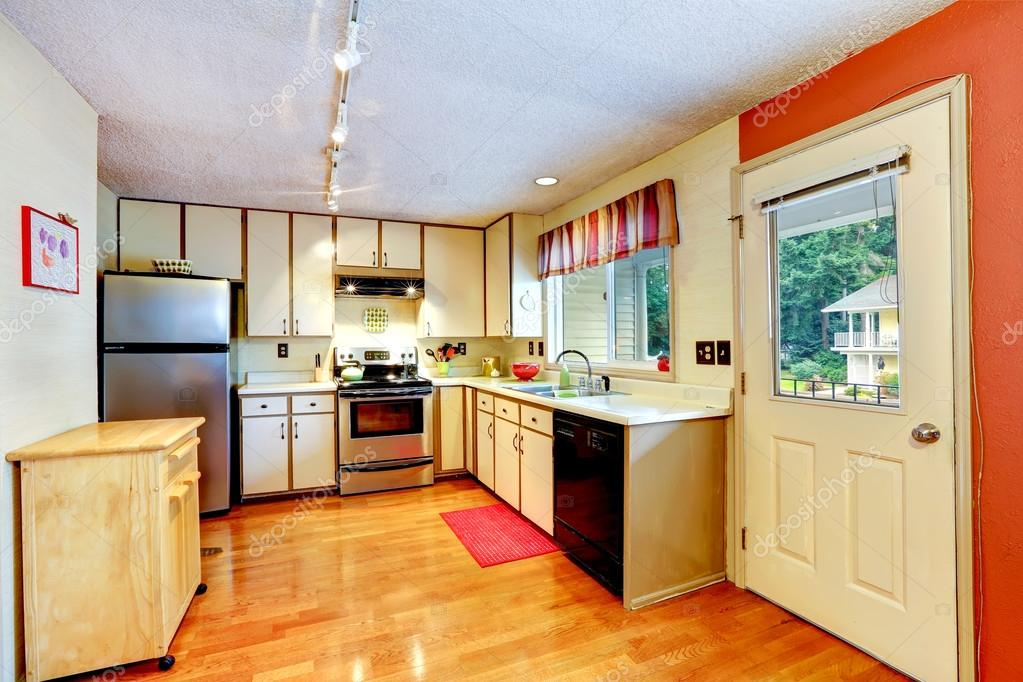 Keuken kamer in oud huis u2014 stockfoto © iriana88w #51297875