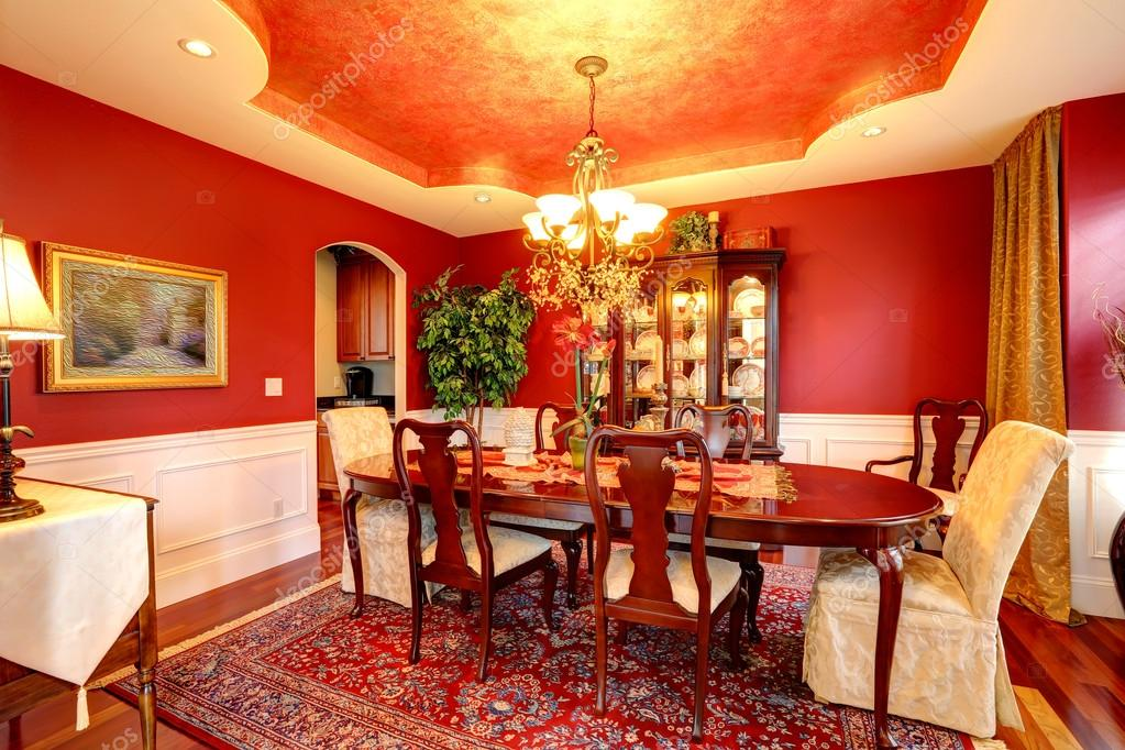 https://st.depositphotos.com/1041088/5134/i/950/depositphotos_51340875-stock-photo-luxury-dining-room-in-bright.jpg