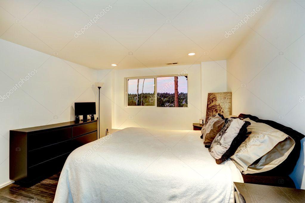 Praktische Slaapkamer Inrichting : Praktische slaapkamer interieur u stockfoto iriana w