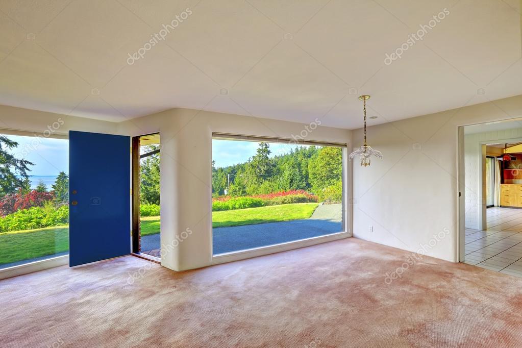 Spacious Empty Living Room. Glass Wall And Backyard Landscape U2014 Stock Photo  #51770051