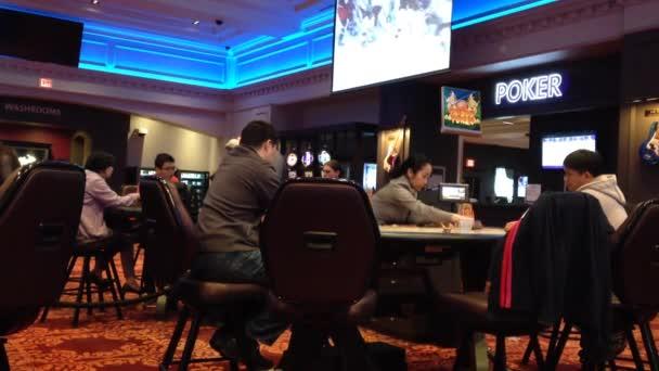 二十一点游戏是在一家赌场