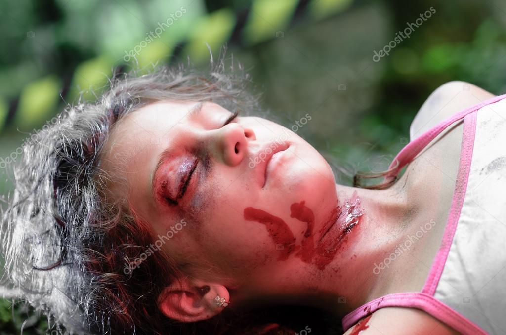 A dead girl — Stock Photo © squidmediaro #16952293