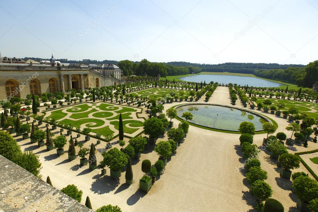 Giardini di versailles francia u foto stock yellow j