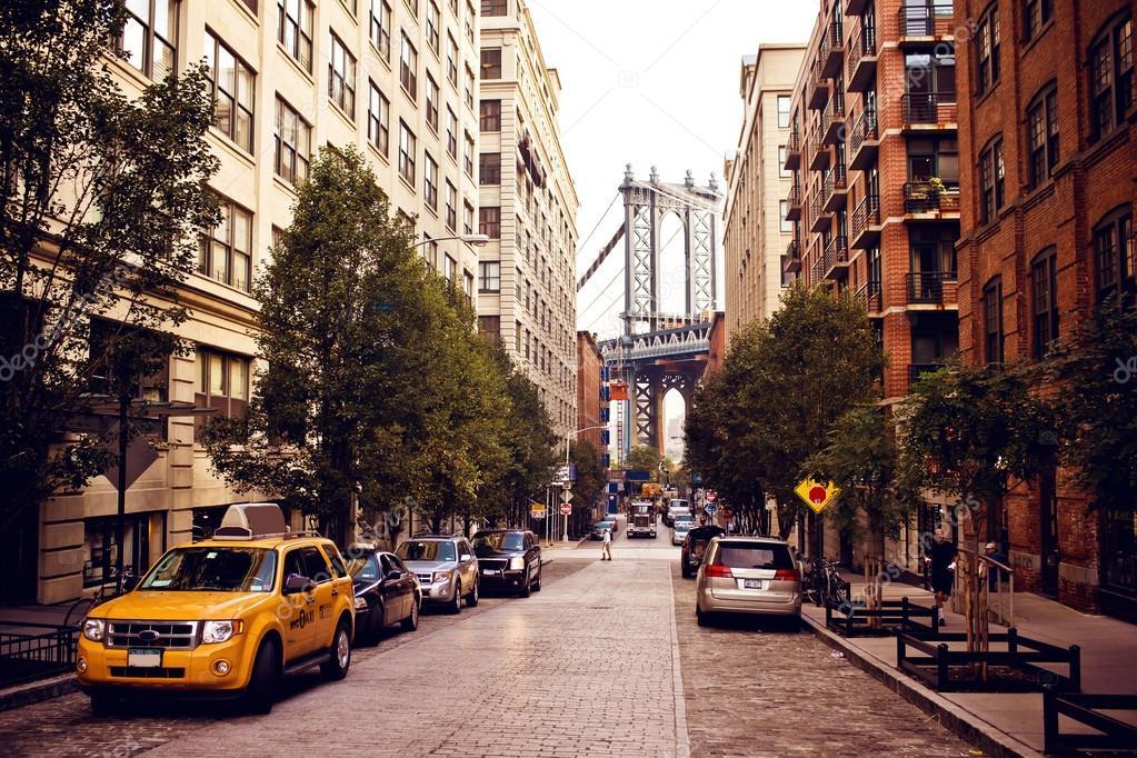 Manhattan bridge from Washington street