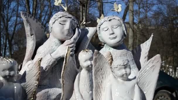 kézzel készített angyalok dekorációk hang piac tisztességes sátor mozgatni a szél