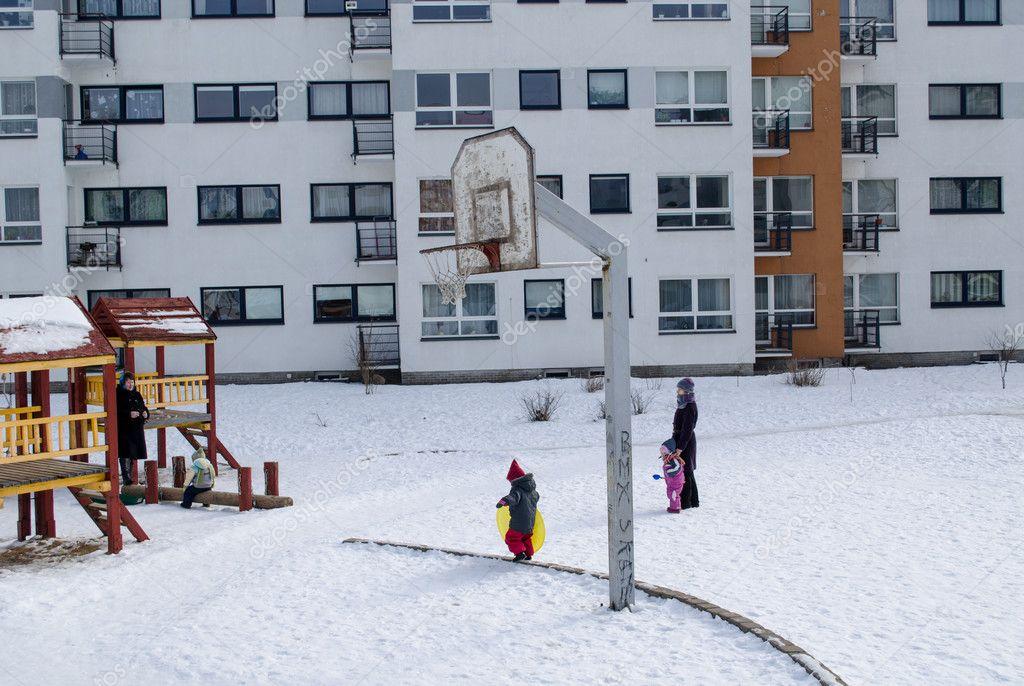 basketball court winter small children nannies