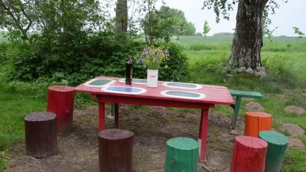 zahradní stůl pahýly